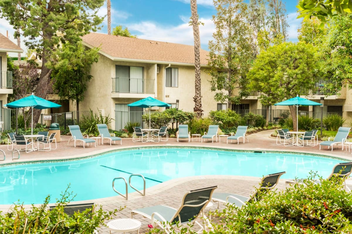 View our Village Pointe property in Northridge, California