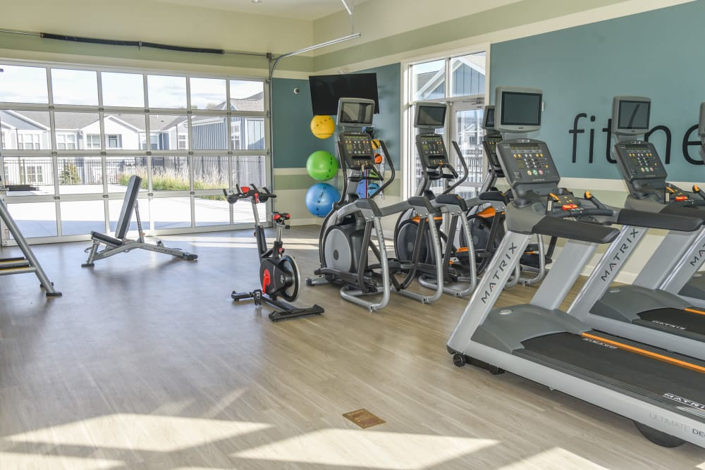 24/7 Fitness center at Springs at Knapp's Crossing in Grand Rapids
