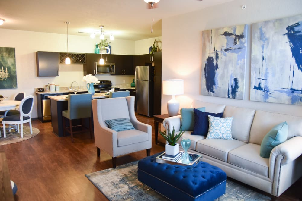 Living room at Springs at Knapp's Crossing in Grand Rapids