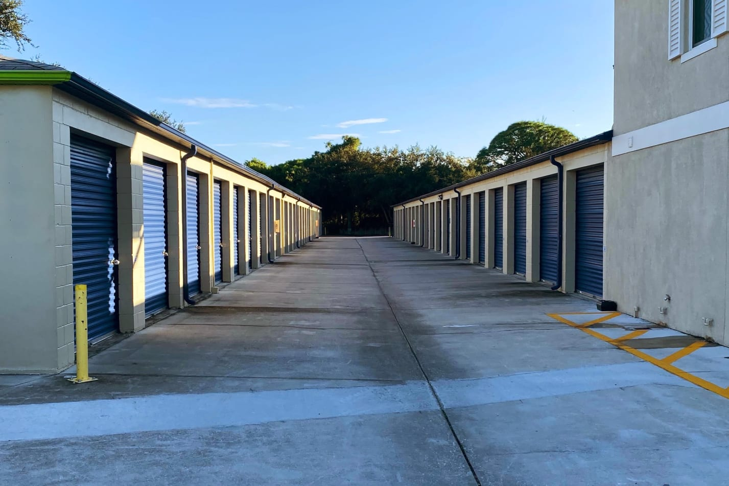 Exterior units at Midgard Self Storage in Cocoa, FL