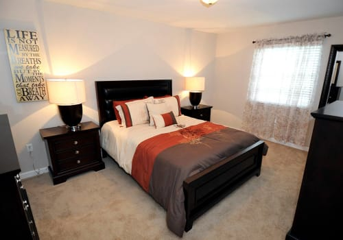 Spacious bedroom at Emerald Pointe Apartment Homes in Harvey, Louisiana