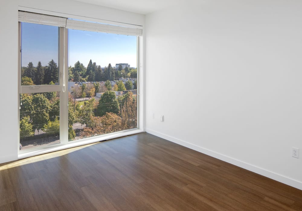 Living room with a view at Overlook Park in Portland, Oregon