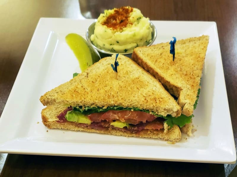 BLT at The Pointe at Summit Hills in Bakersfield, California