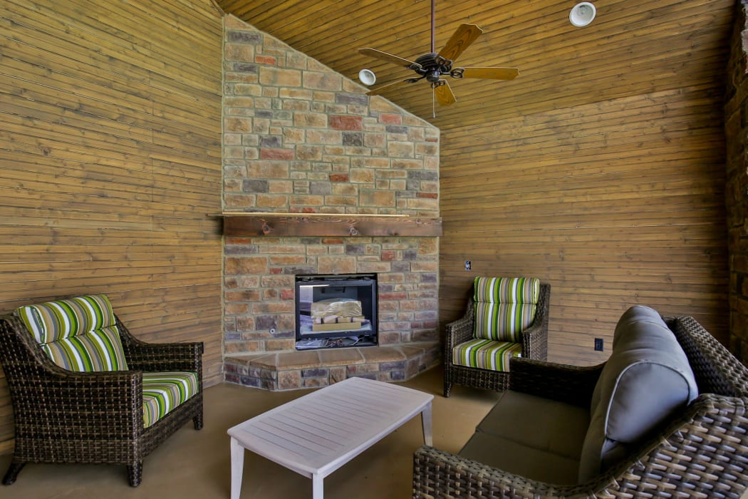 An outdoor exterior room at our tree-lined community at Commonwealth at 31 in Spring Hill, Tennessee