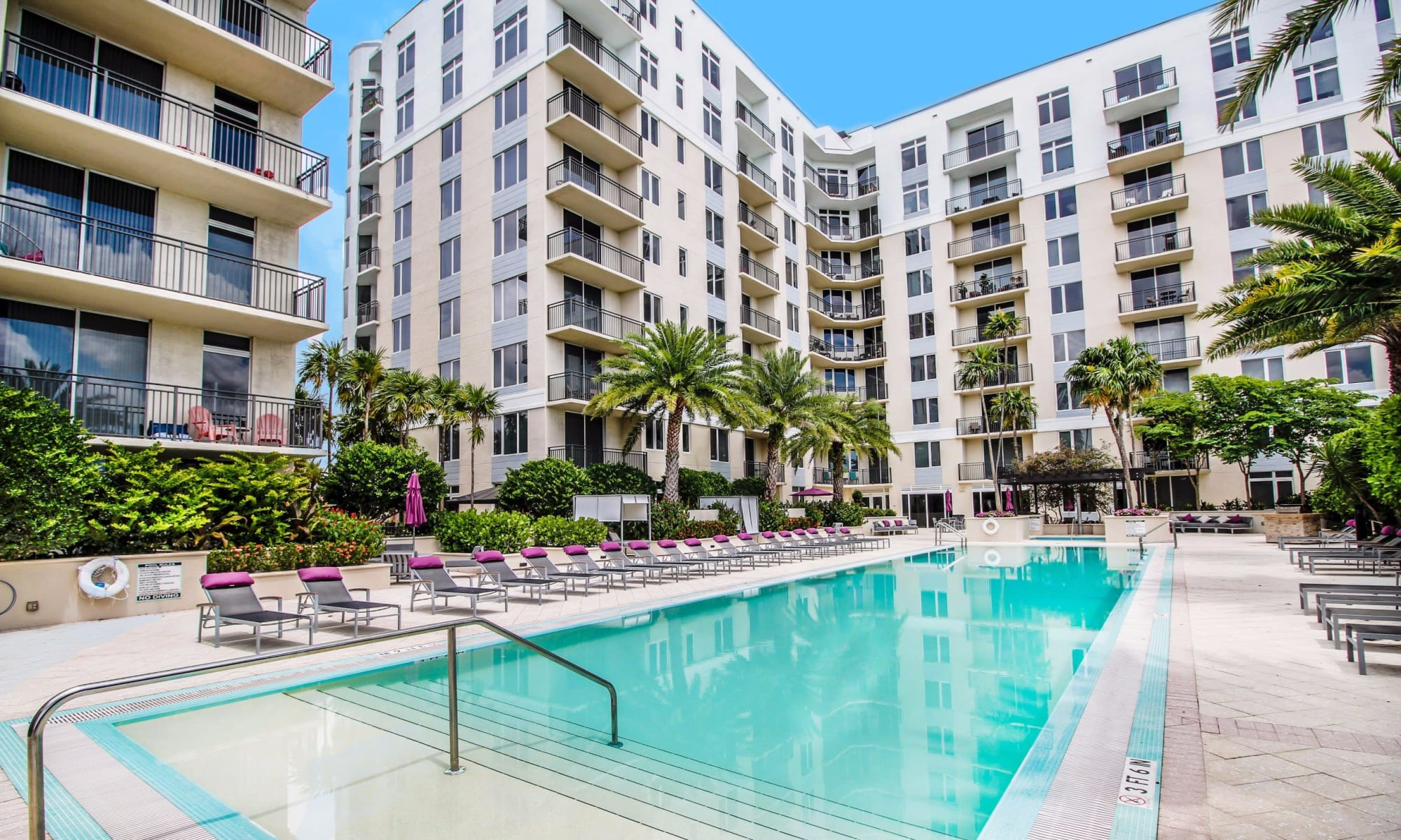 Apartments at Midtown 24 in Plantation, Florida
