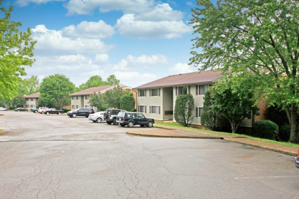 Candlewood Apartments in Nashville, Tennessee