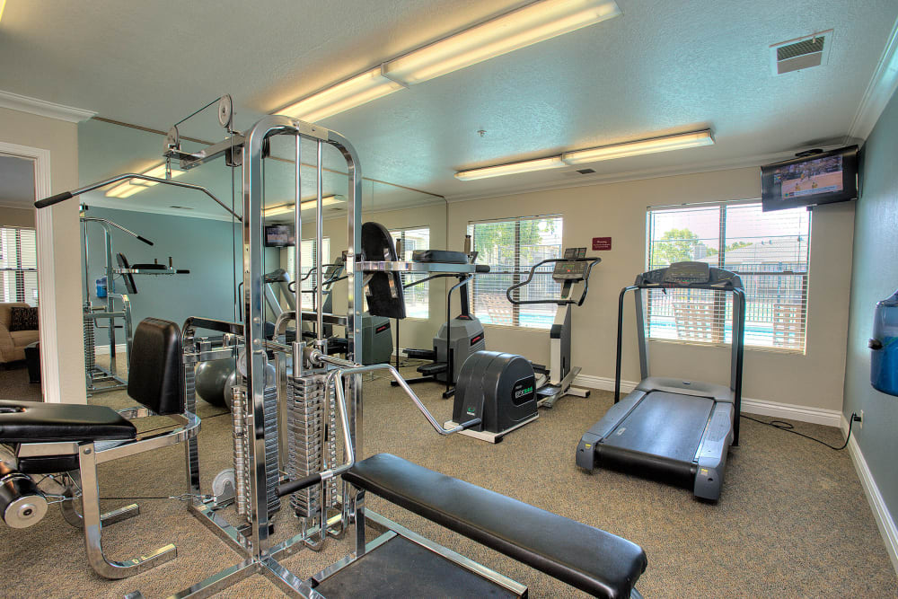Onsite fitness center at Sandpiper Village Apartment Homes in Vacaville, California