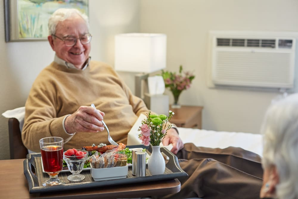 Short-term Rehabilitation in-room dining