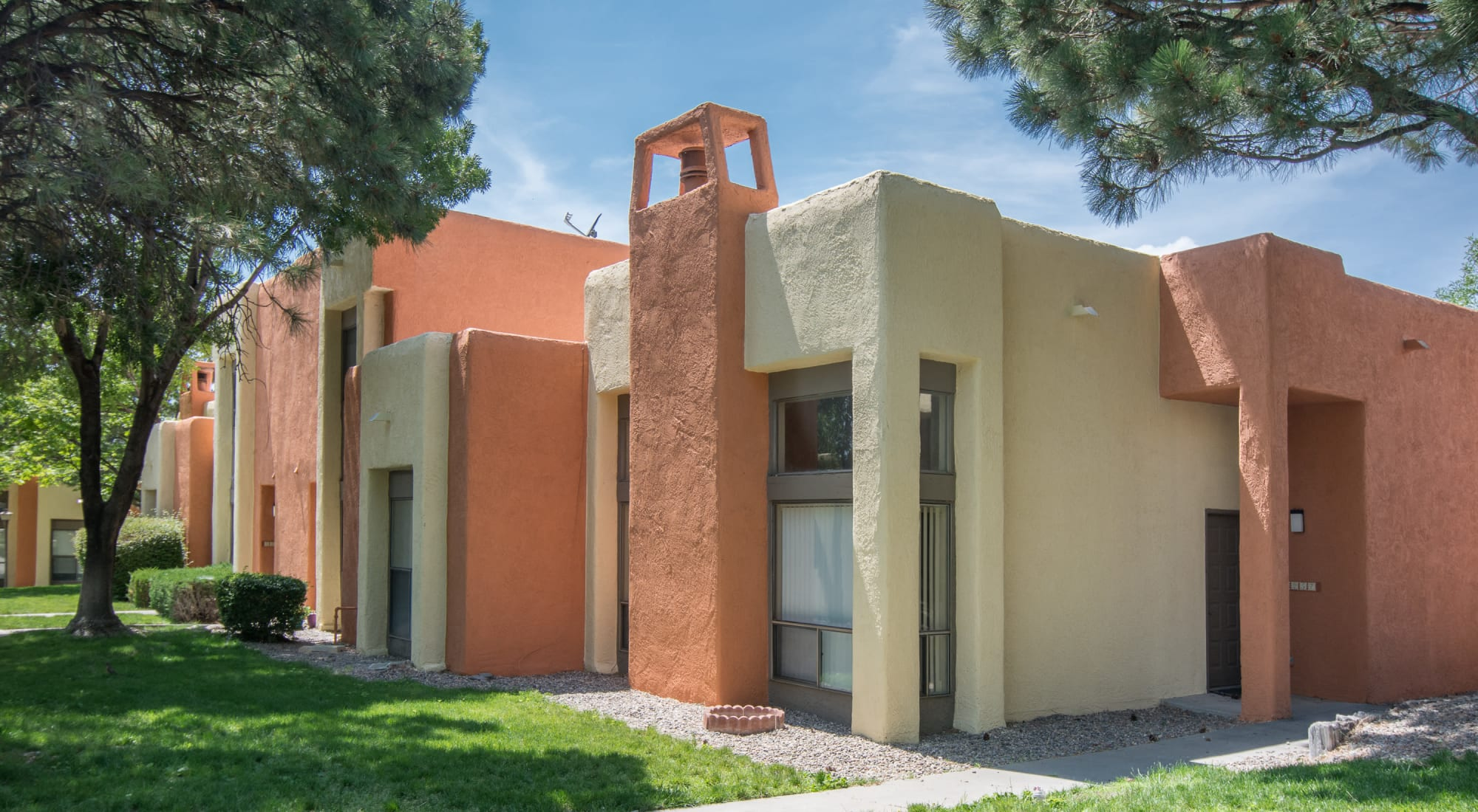 Apartments at Mesa Del Oso in Albuquerque, New Mexico