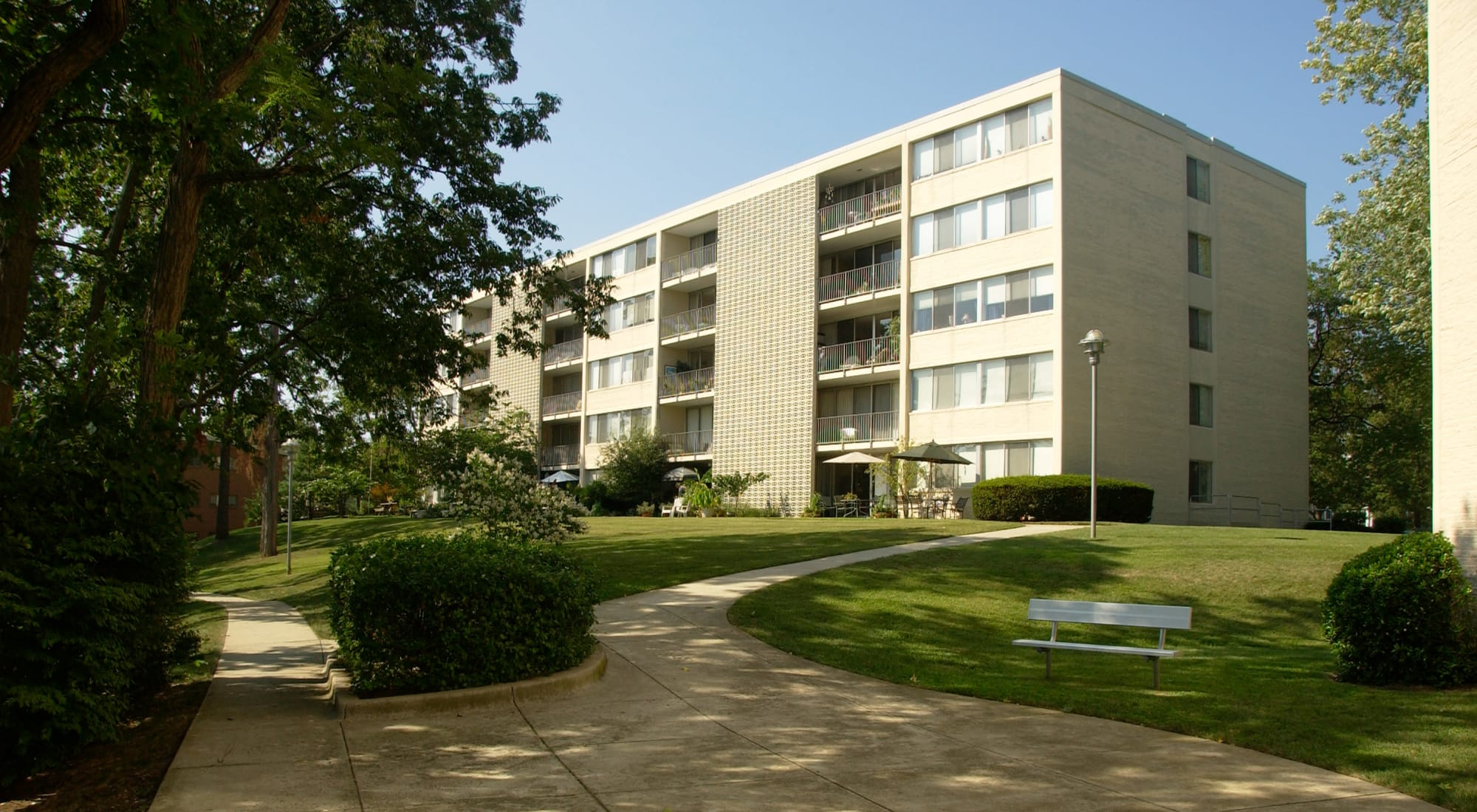 Apartments at Watergate Pointe in Annapolis, Maryland