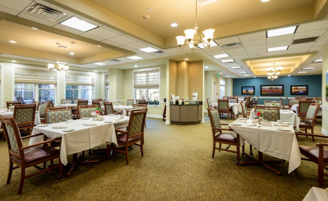 dining hall at MacArthur Hills in Irving, Texas