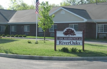 Link to Amber Manor Care Center's RiverOaks Health Campus location