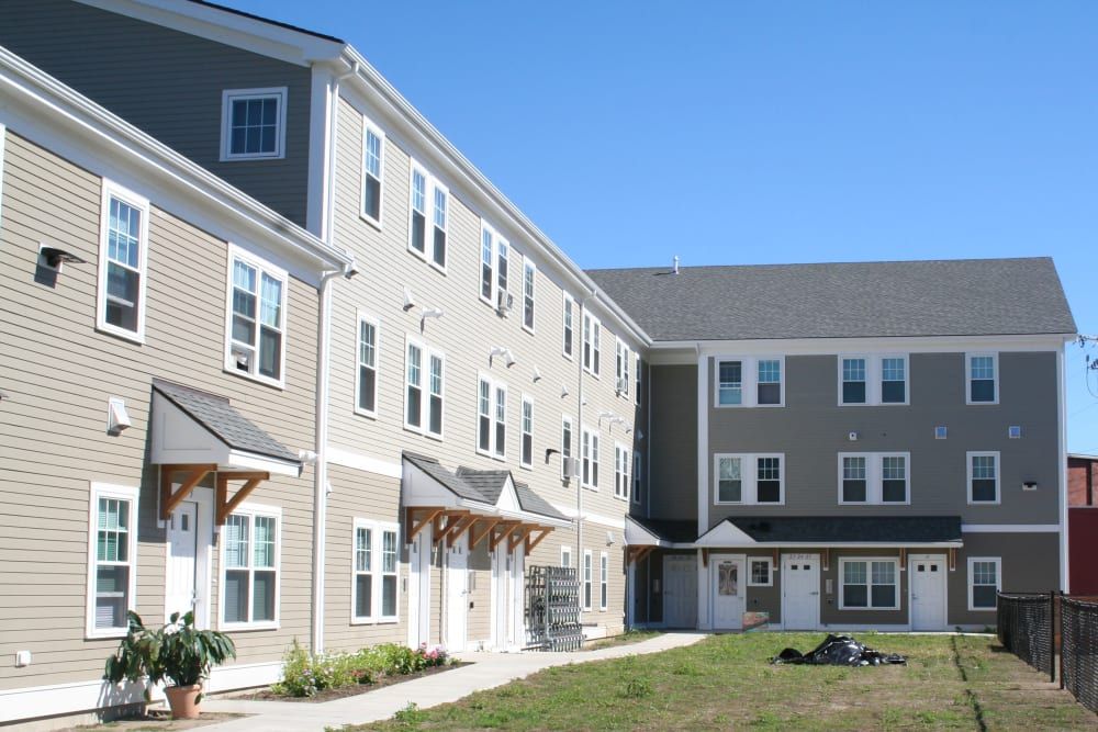 Sankofa Apartments near West Elmwood Apartments in Providence, Rhode Island