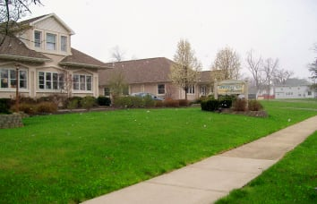 Link to The Meadows of Delphos's Springview Manor location