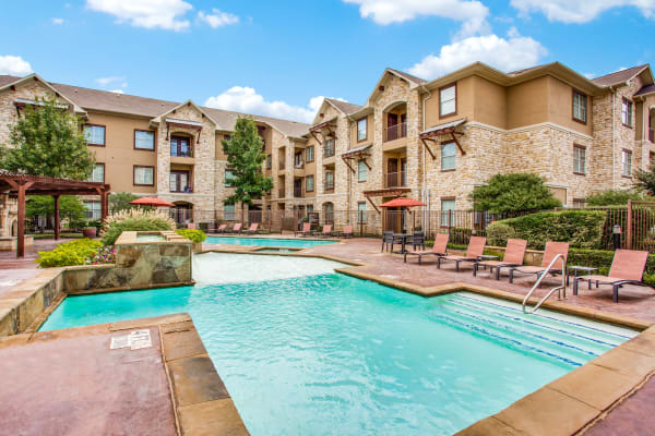Schedule your tour of Arioso Apartments & Townhomes today and see the wonderful neighborhood that you could be calling home!