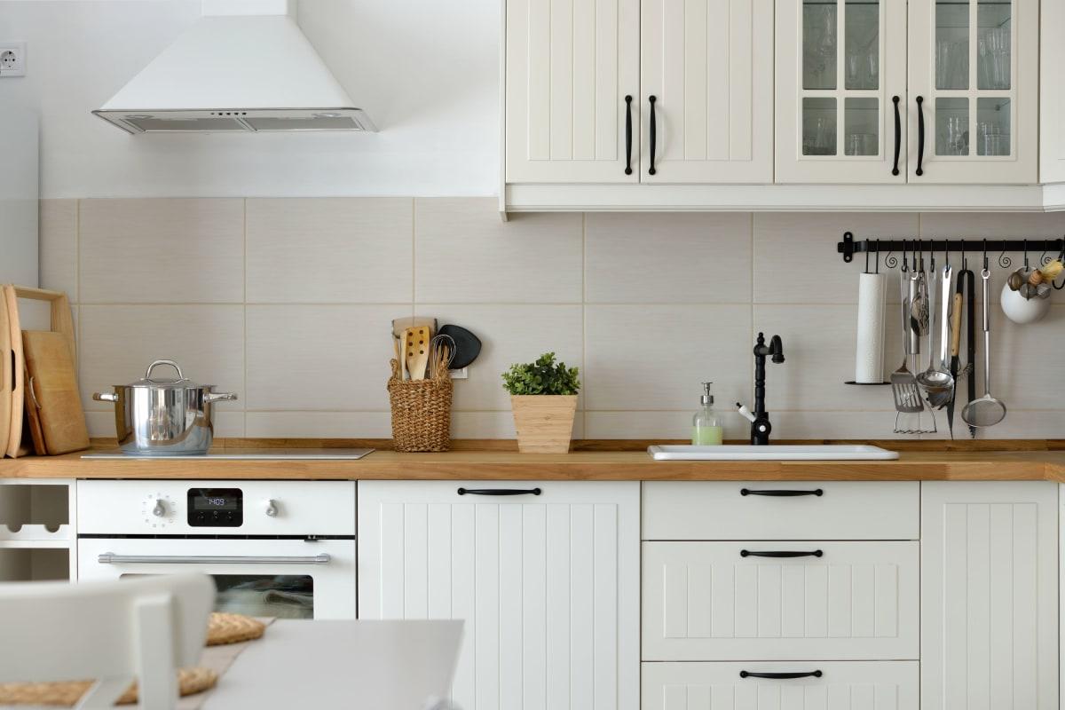 A stylish modern kitchen at Novo Apartments in Richfield, Minnesota