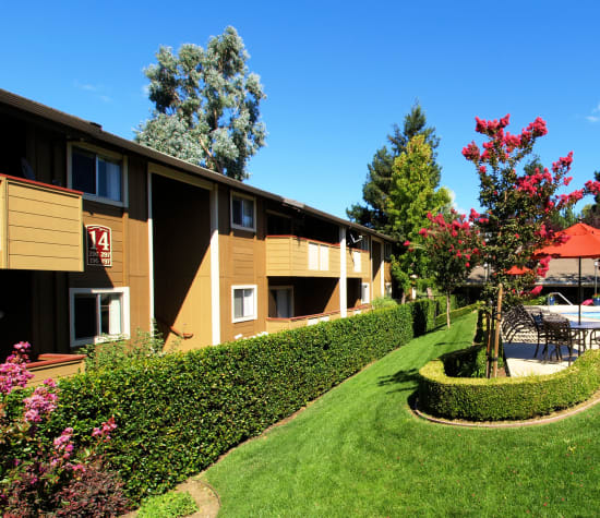 Shadow Oaks, a sister property to La Valencia Apartment Homes in Campbell, California
