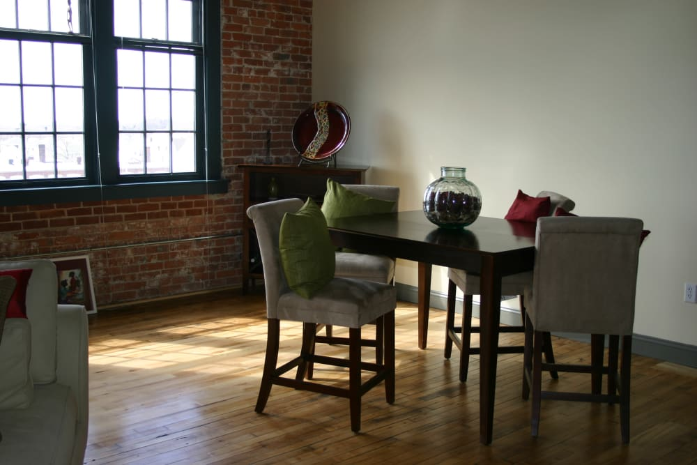 Dining area at Westfield Lofts in Providence, Rhode Island