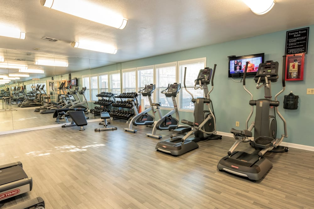 Onsite fitness center at Sterling Heights Apartment Homes in Benicia, California