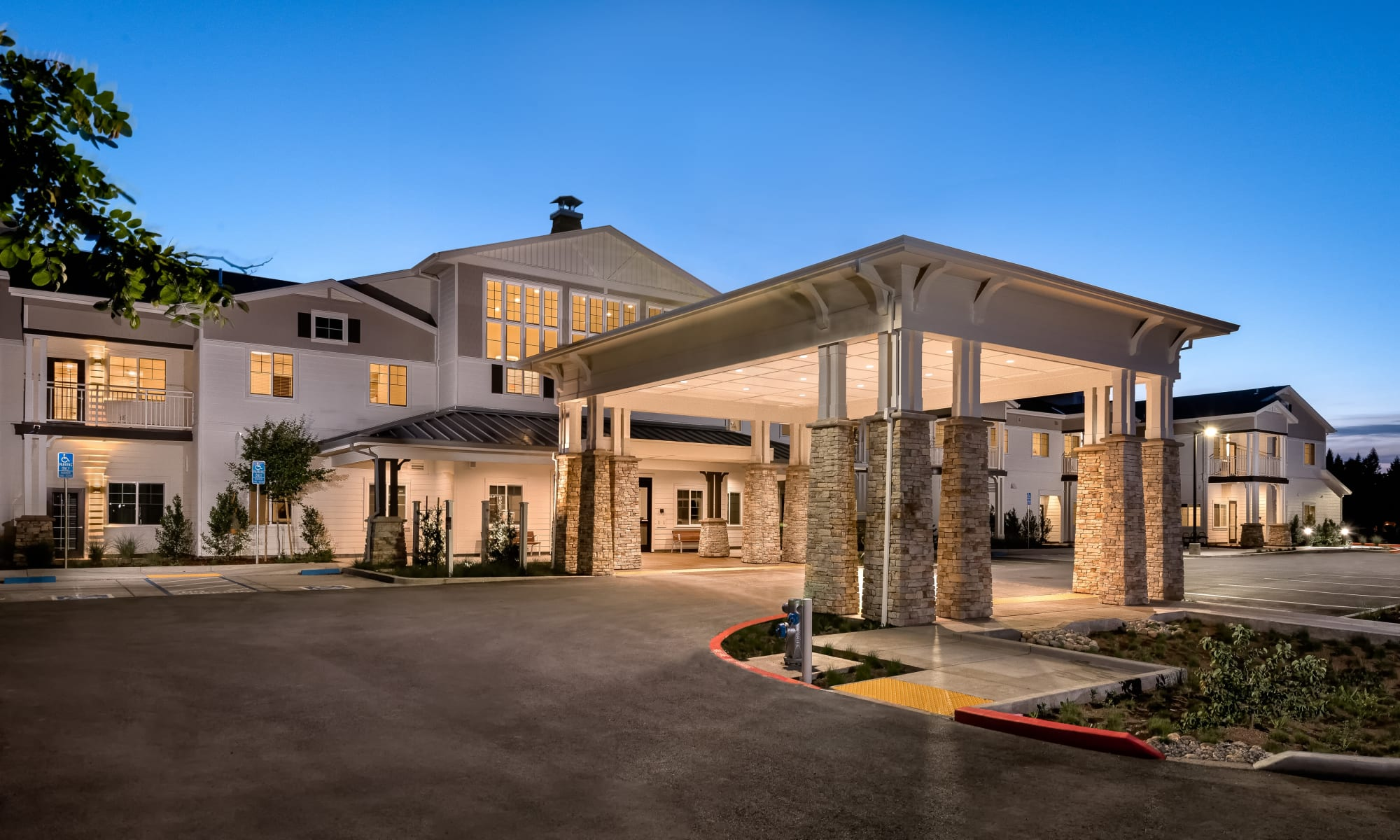 Building view of Clearwater at Sonoma Hills in Rohnert Park, California