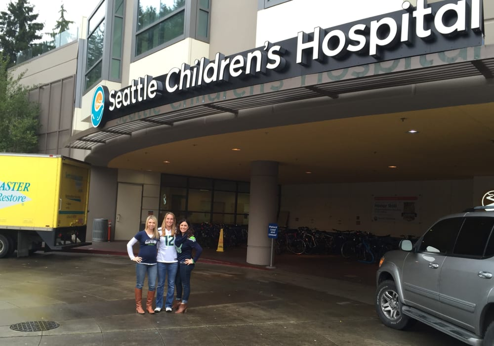 American Capital Group employees volunteering at a children's hospital in Bellevue, Washington.