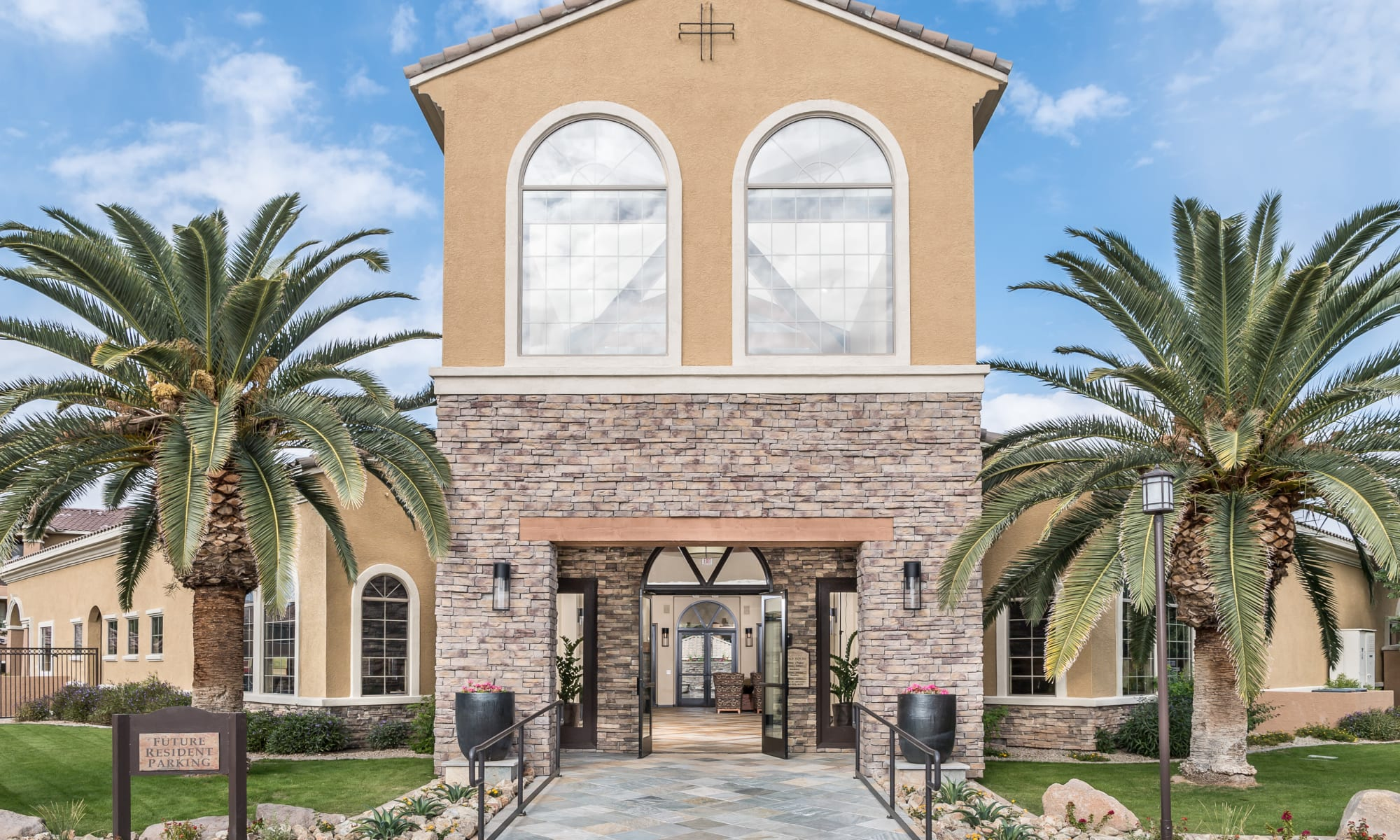 Apartments at Stone Oaks in Chandler, Arizona