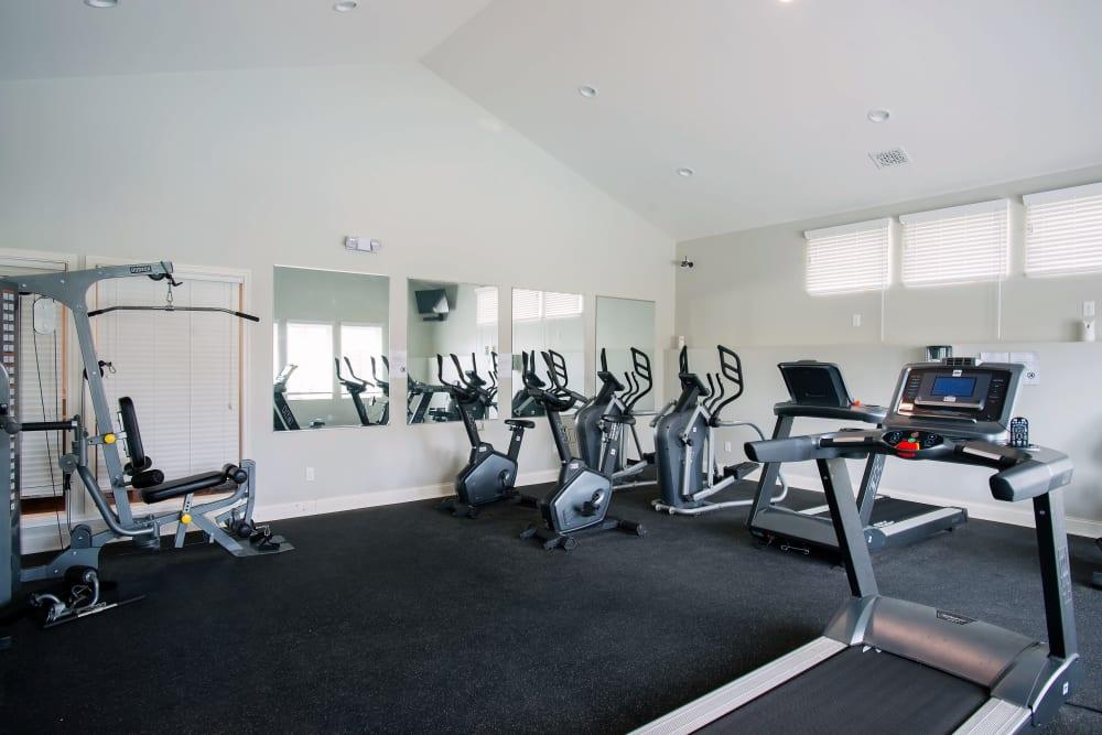 On-site fitness center at Hampton Run in Glenville, NY