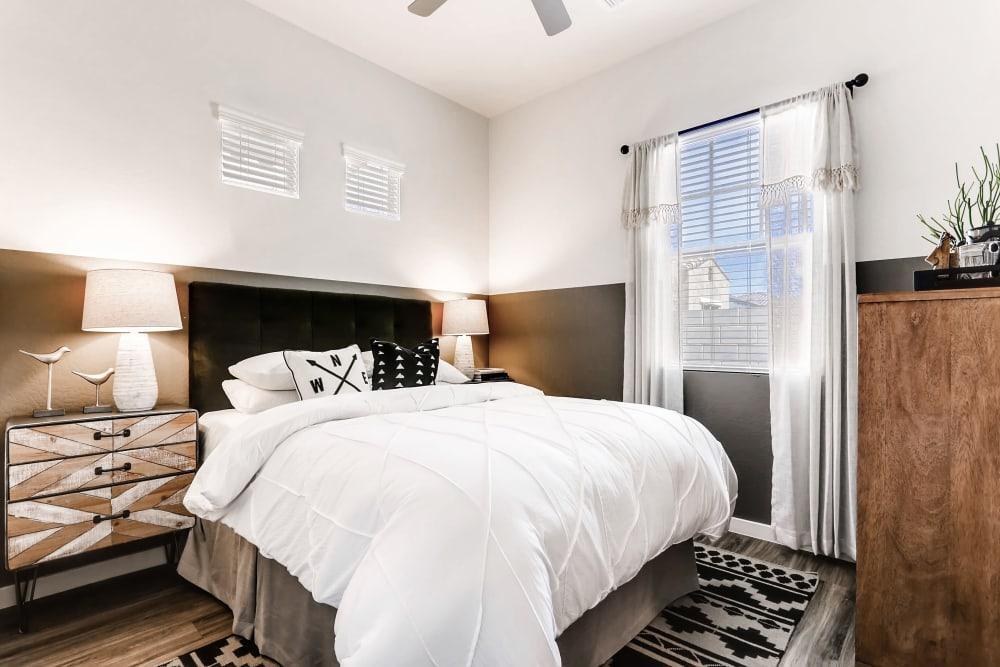 Bedroom with modern elements at Avilla Camelback Ranch in Phoenix AZ