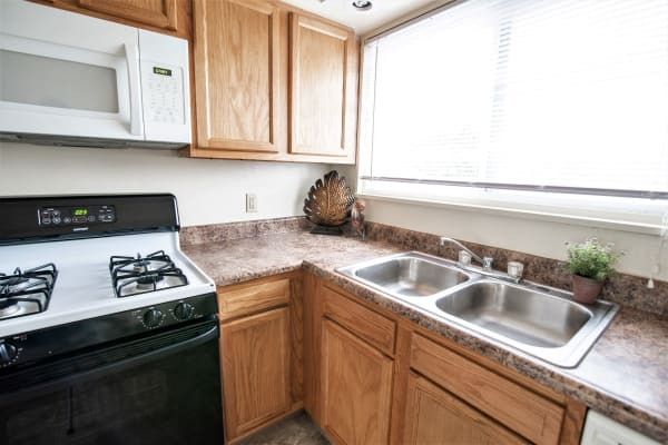 Kitchen photo of Grant Village Apartments in Syracuse