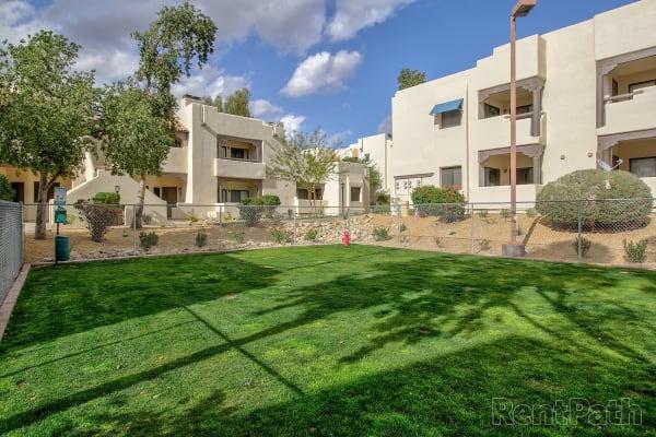 Exterior view of Casa Santa Fe Apartments in Scottsdale, Arizona