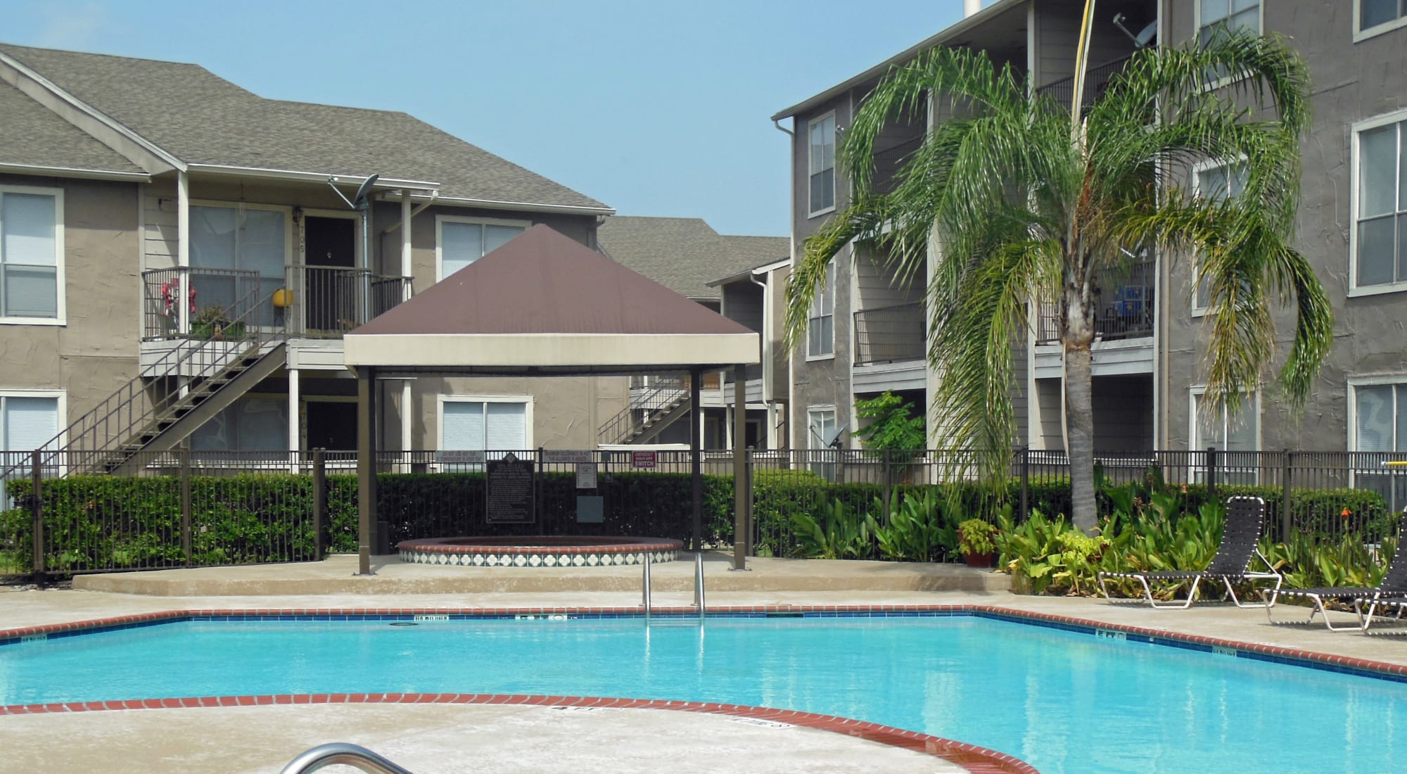 Apartments at Walden Pond in Houston, Texas