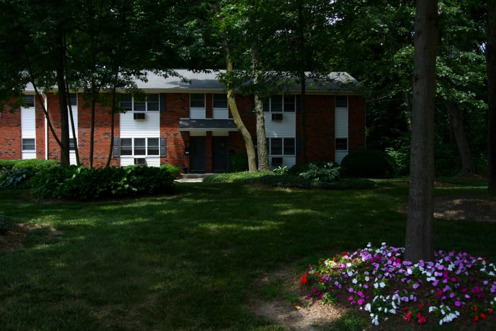 Our outdoor green spaces are immaculate at Pointe Breeze Apartments in Bordentown