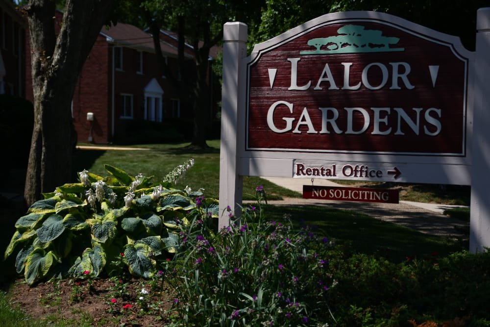 Signage at Lalor Gardens