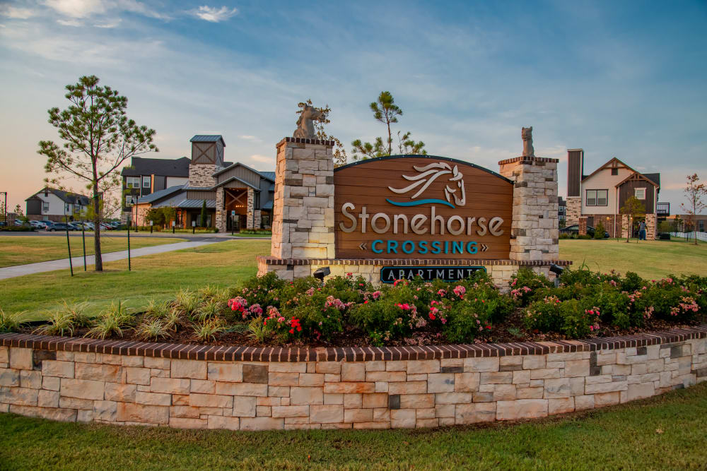 Property sign at Stonehorse Crossing Apartments in Oklahoma City, Oklahoma