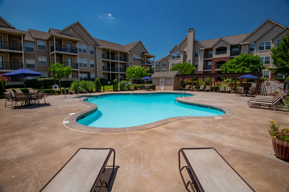 Beautiful pool at Fountain Lake in Edmond, Oklahoma