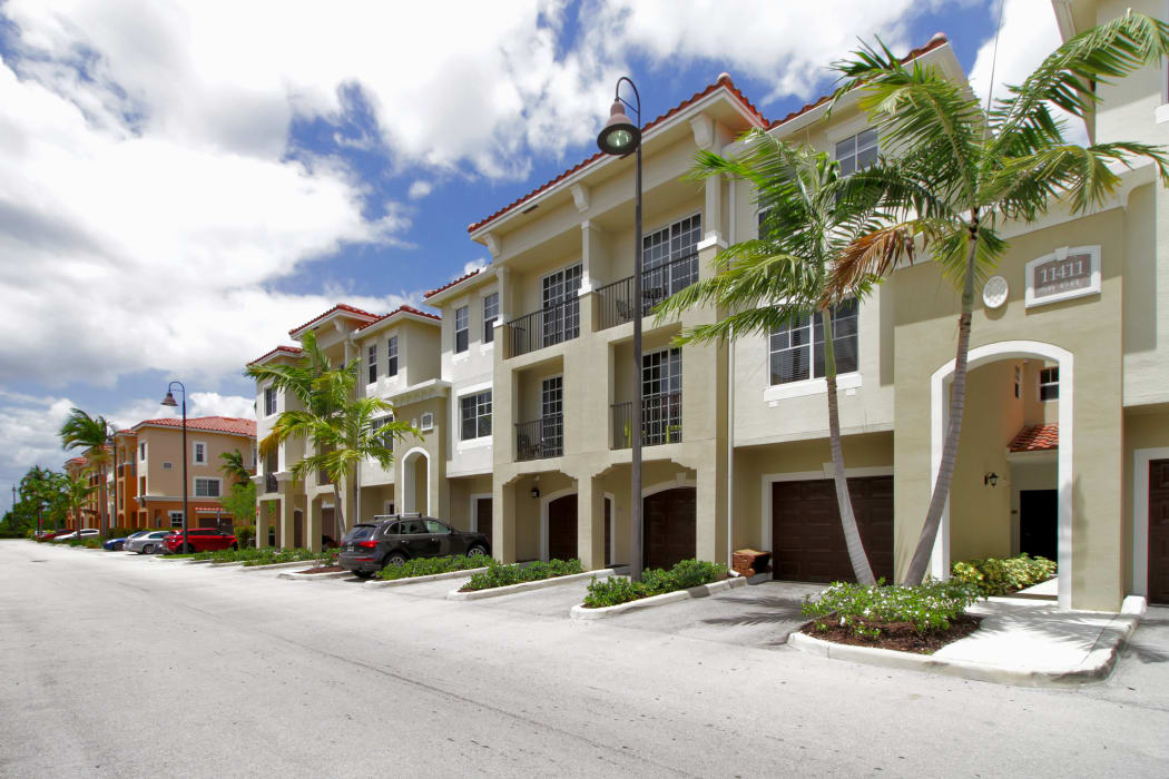 Exterior view of resident buildings at IMT Miramar in Miramar, Florida
