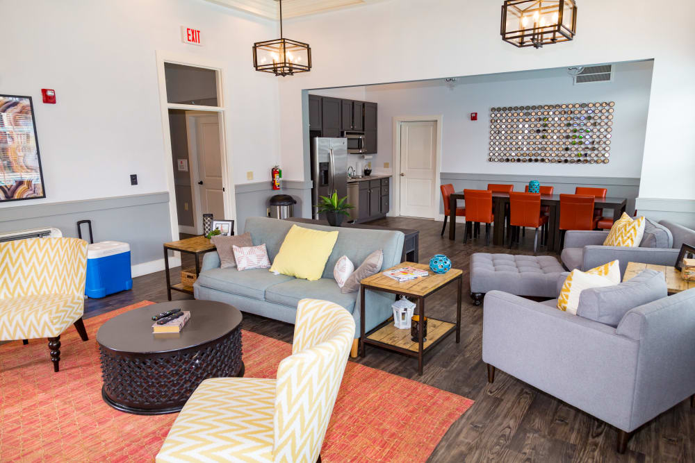 Resident Lounge At Traditions At Mid Rivers