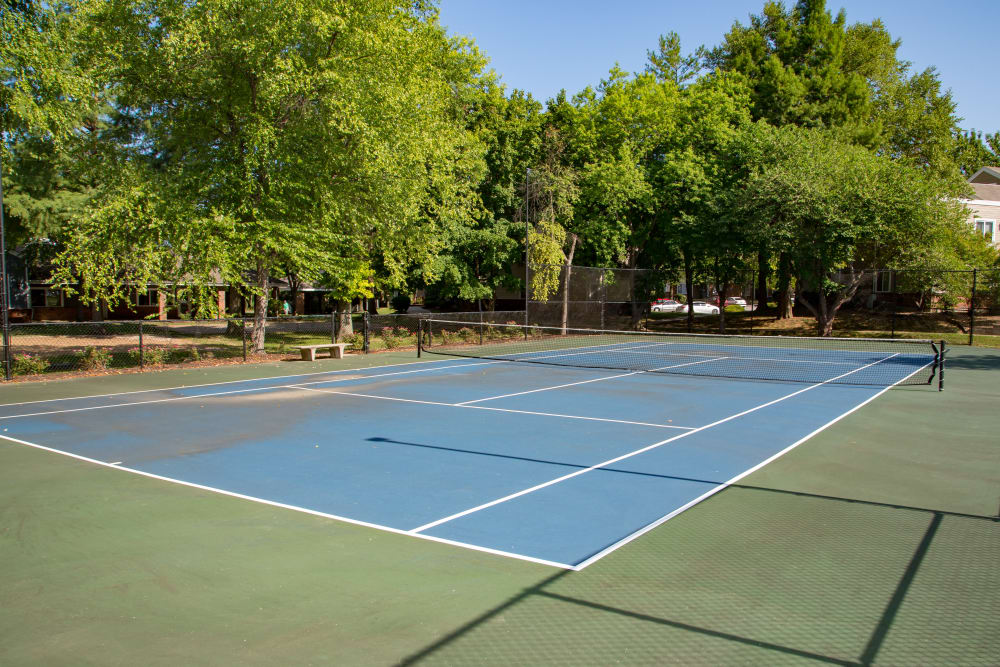 Tennis courts at Sunbrook Apartments in Saint Charles