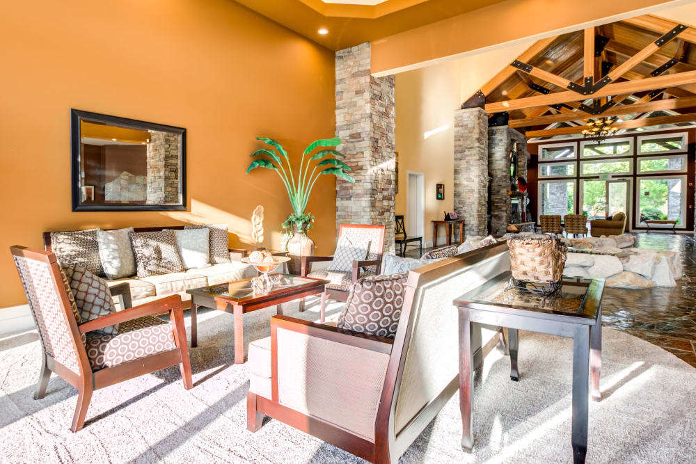 Resident Lounge at Sierra Sun in Puyallup, Washington