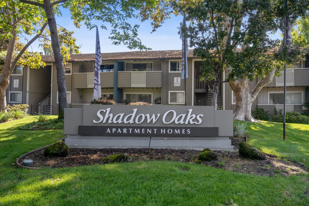 The front sign at Shadow Oaks Apartment Homes in Cupertino, California