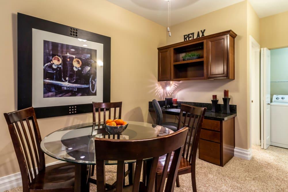 Dining Room at Sierra Sun in Puyallup, Washington