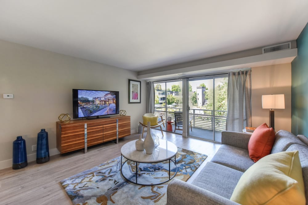 Citra offers a modern living room in Sunnyvale, California
