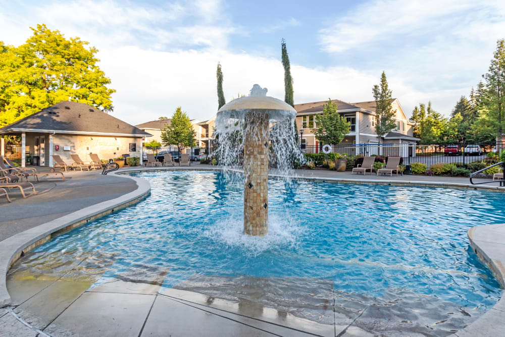 Enjoy Apartments with a Beautiful Swimming Pool at Sierra Sun