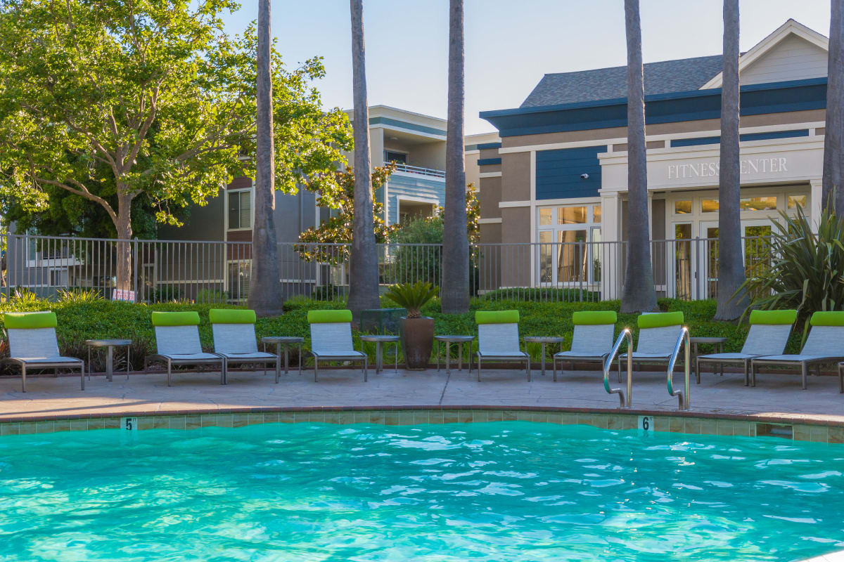 Large pool at Summer House Apartments