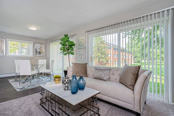 Schedule your tour of Independence Green Apartments today and see the wonderful neighborhood that you could be calling home!