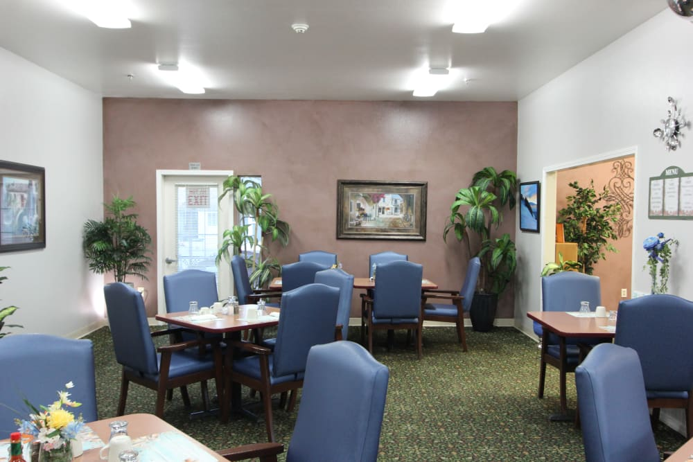 Dining Room at Highland Estates in Burley