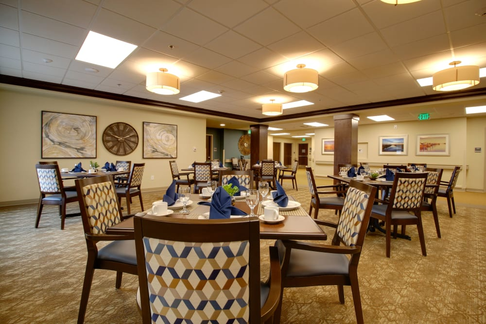 A bright resident dining room at Mission Healthcare at Renton in Renton, Washington.