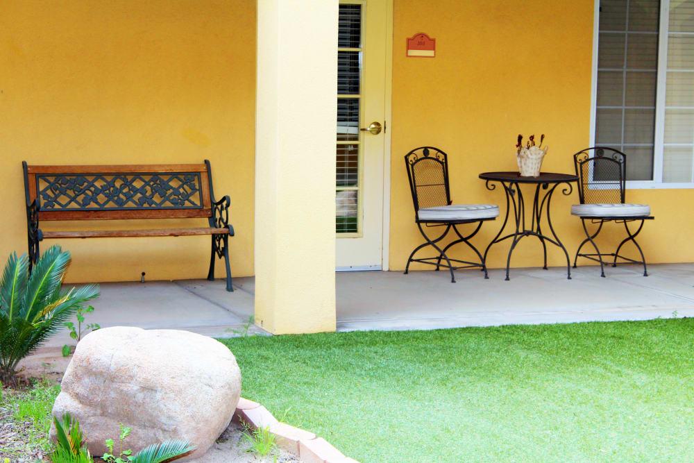 Lounge area at Pennington Gardens