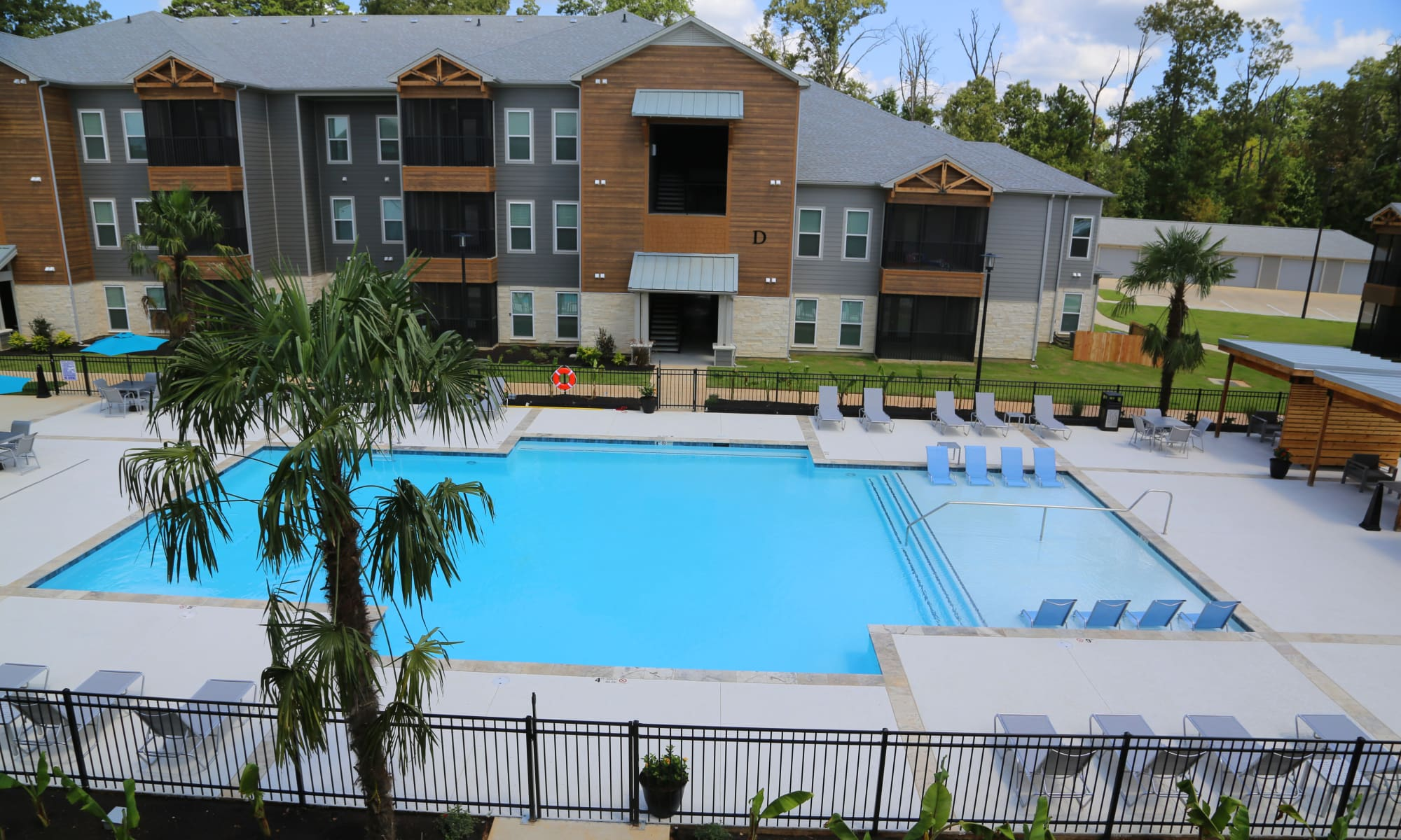 Apartments at Belforest Villas in Daphne, Alabama