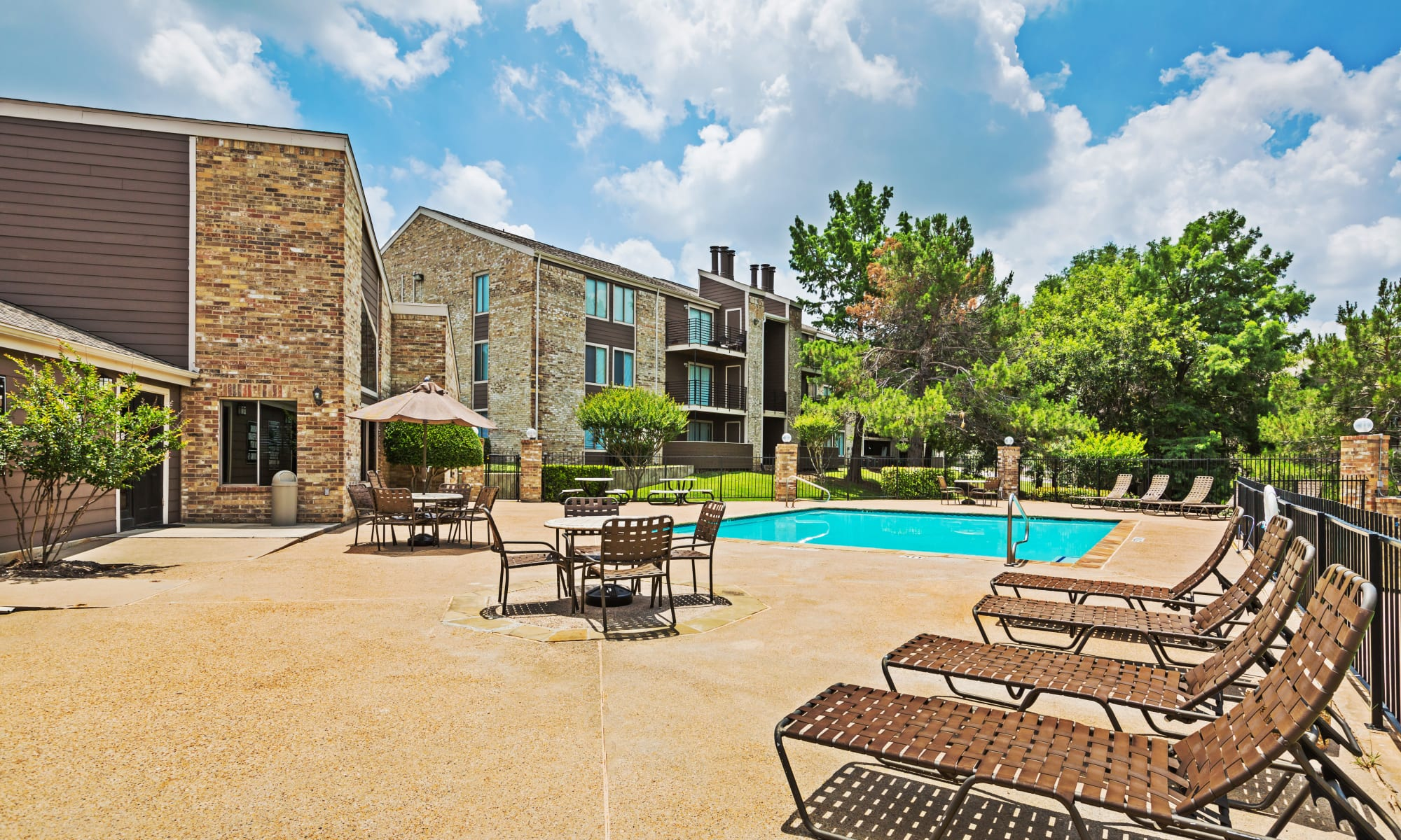 Apartments at The Belmont in Grand Prairie, Texas